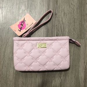 🆕 Betsey Johnson Luv Betsey Blush Wristlet